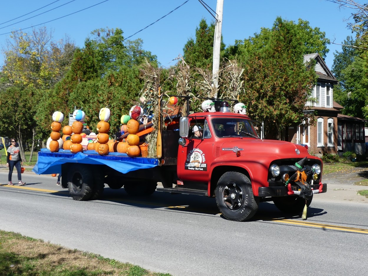 Will's Cackleberry Castle in the 2019 Parade